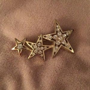 Tri-star brooch
